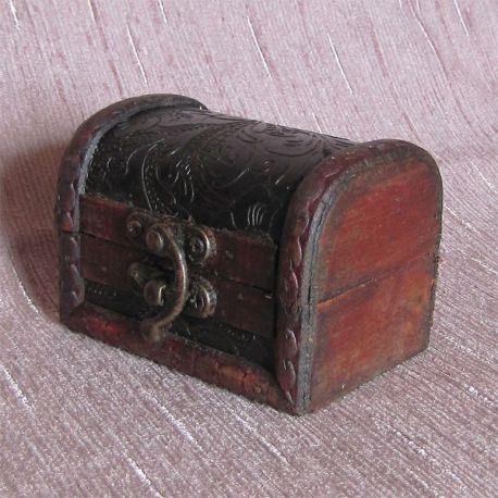 Dřevěná truhlička č.2