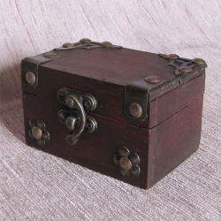 Dřevěná truhlička 51