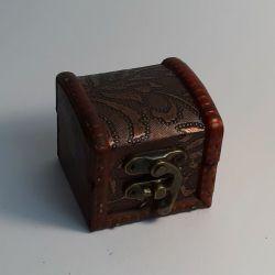 Dřevěná truhlička 05