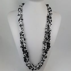 Rokajlový náhrdelník středně dlouhý